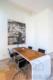 Luxuriöse Ausstattung und hochwertige Möblierung in großartiger Lage - Besprechungstisch