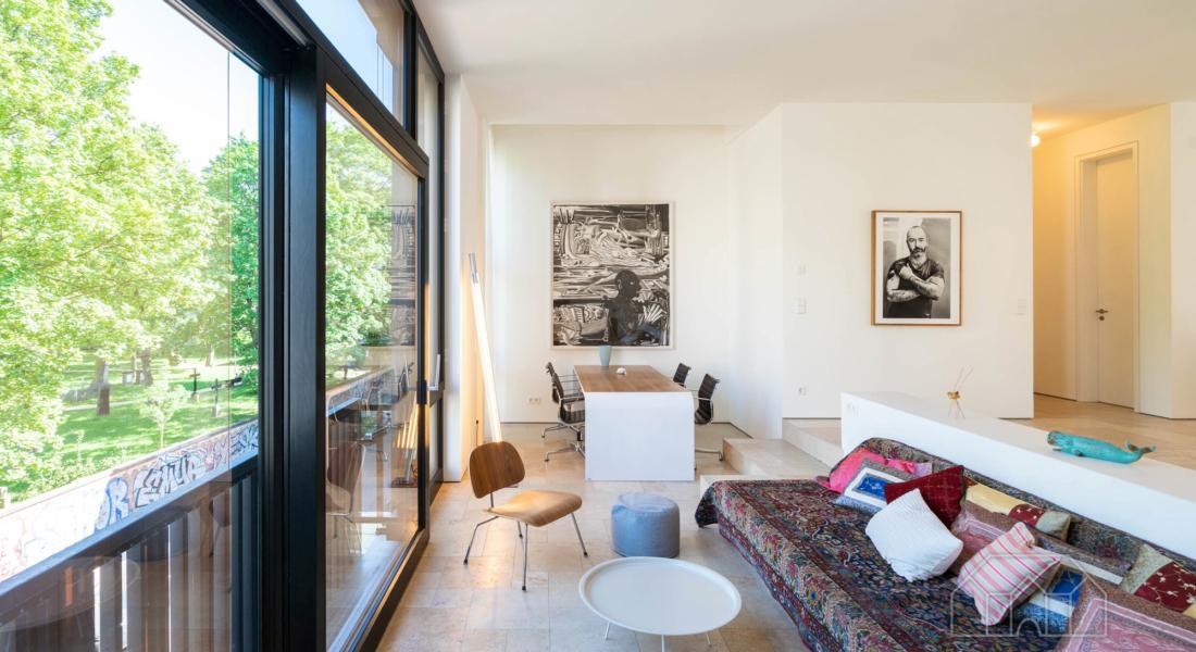 Luxuriöse Ausstattung und hochwertige Möblierung in großartiger Lage 10119 Berlin, Etagenwohnung
