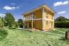 Modernes und gepflegtes Einfamilienhaus in ruhiger Wohnlage - Blick auf den Erker