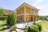 Modernes und gepflegtes Einfamilienhaus in ruhiger Wohnlage - Blick auf die Terrasse
