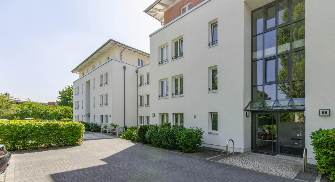 Sehr gepflegte und ruhig gelegene Gartenwohnung in grüner Wohnlage 12107 Berlin, Erdgeschosswohnung