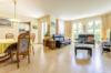 Sehr gepflegte und ruhig gelegene Gartenwohnung in grüner Wohnlage - Das helle Wohnzimmer