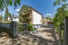 Gepflegtes Mehrfamilienhaus in ruhiger Lage Frohnaus - Die Hofeinfahrt