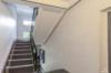 Gepflegte 1-Zimmerwohnung - nur 5 Minuten zu Fuß vom Alexanderplatz - Der Treppenflur