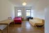AB SOFORT: Ruhig gelegene 1-Zimmerwohnung nur wenige Schritte vom S-Bhf. Beusselstraße - Das helle Zimmer