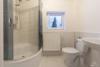 AB SOFORT: Renoviertes Einfamilienhaus mit eigenem Garten und Einbauküche - Das Badezimmer