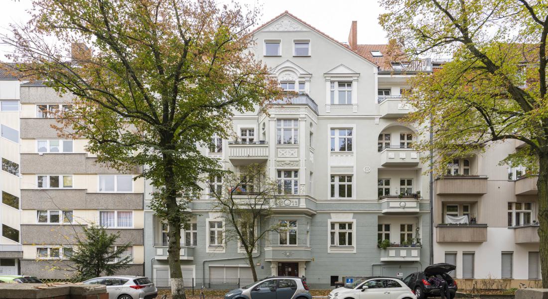 Vermietete Altbauwohnung mit 2 Zimmern und Balkon in ruhiger Lage 13629 Berlin, Etagenwohnung