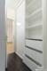 Modernes Penthouse mit exklusiver 360°-Dachterrasse, Kamin, 2 Bädern und EBK - Der Kleiderschrank