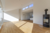 Modernes Penthouse mit exklusiver 360°-Dachterrasse, Kamin, 2 Bädern und EBK - Wohnbereich