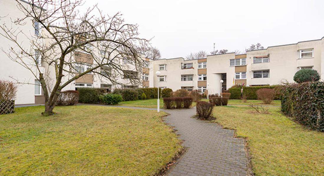 Frisch renovierte, helle 2-Zimmerwohnung in ruhiger Lage Marienfeldes 12277 Berlin, Etagenwohnung