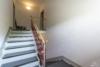 Freie und helle 3-Zimmerwohnung mit sonnigem Balkon - Der Treppenflur