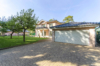 Reside in Berlin-Tegel Representative villa including many safety features - The double garage