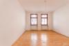 Gepflegtes Mehrfamilienhaus mit sicherer Rendite - Schlafzimmer Wohnung 2