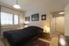 Möblierte 2-Zimmerwohnung mit Balkon und Stellplatz in zentraler Lage Moabits - Das Schlafzimmer