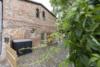 Idyllisch-historisches Haus mit Ausbaureserve und Schwimmteich - Die Einfahrt