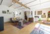 Idyllisch-historisches Haus mit Ausbaureserve und Schwimmteich - Wohnzimmer zu Schlafzimmer