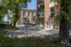 Insel Eiswerder: Moderne 2-Zimmerwohnung mit Terrasse in ehemaliger Feuerwerksfabrik - Außenansicht 1