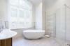 Exklusives Leben und Arbeiten in der Villa Maurer - Das Badezimmer im EG