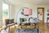 Bezugsfreie DG-Maisonettewohnung mit grünem Blick über Pankow - Der Wohnbereich