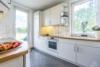 Bezugsfreie DG-Maisonettewohnung mit grünem Blick über Pankow - Die Küche