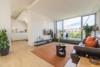 Helle Dachgeschosswohnung mit offenem Wohnbereich und zwei Terrassen - Wohnbereich mit Studio