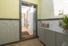 Helle Dachgeschosswohnung mit offenem Wohnbereich und zwei Terrassen - Der Wohnungseingang