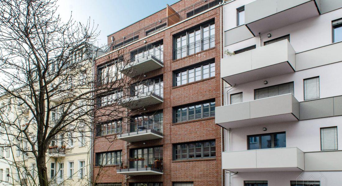 Modern-schicke Wohnung mit TG-Stellplatz ruhig, zentral und top ausgestattet 10245 Berlin, Etagenwohnung