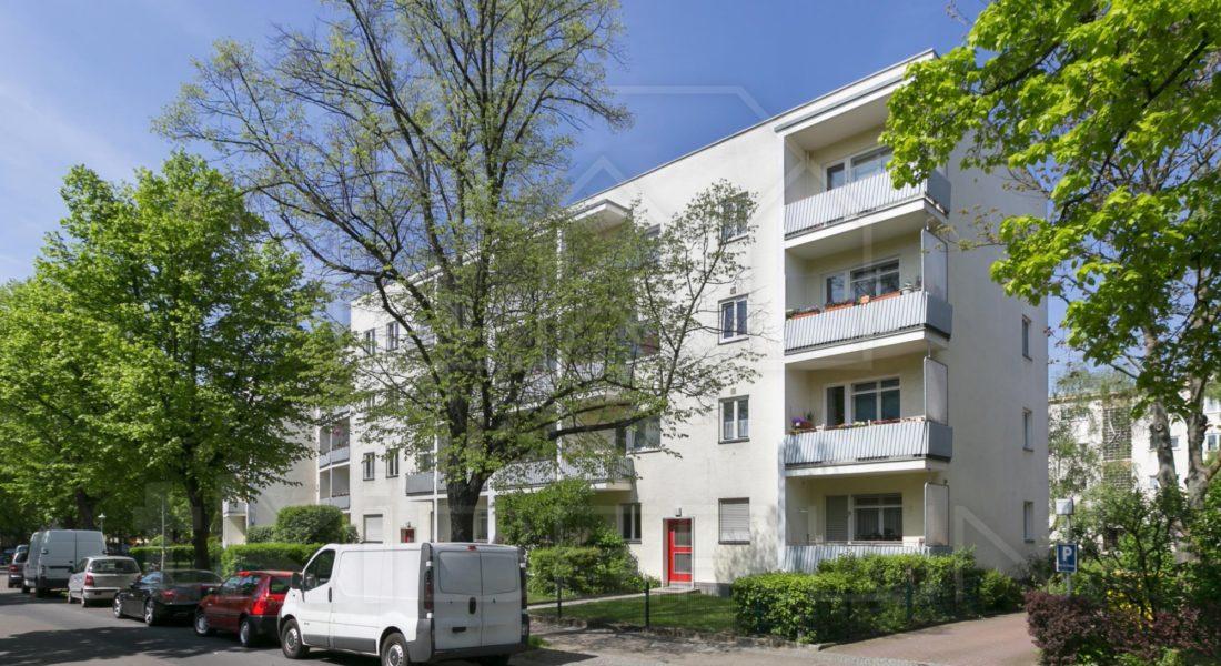 Nähe Schloßstr.: Sehr gepflegte 2-Zimmerwohnung mit herrlichem Balkon 12157 Berlin, Etagenwohnung
